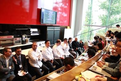 """2013年10月22日(火)""""2013「味覚の一週間」世界の巨匠との出会い<第3回>""""が服部栄養専門学校にて開催されました。のイメージ画像"""