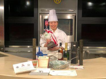 第38回フランス料理最優秀見習い料理人選抜コンクール にて、調理技術部・篠崎真弓さんがポワソン賞を受賞しました!のイメージ画像